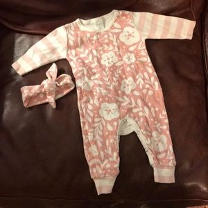 Other - Long sleeve bodysuit with headband 0-3m